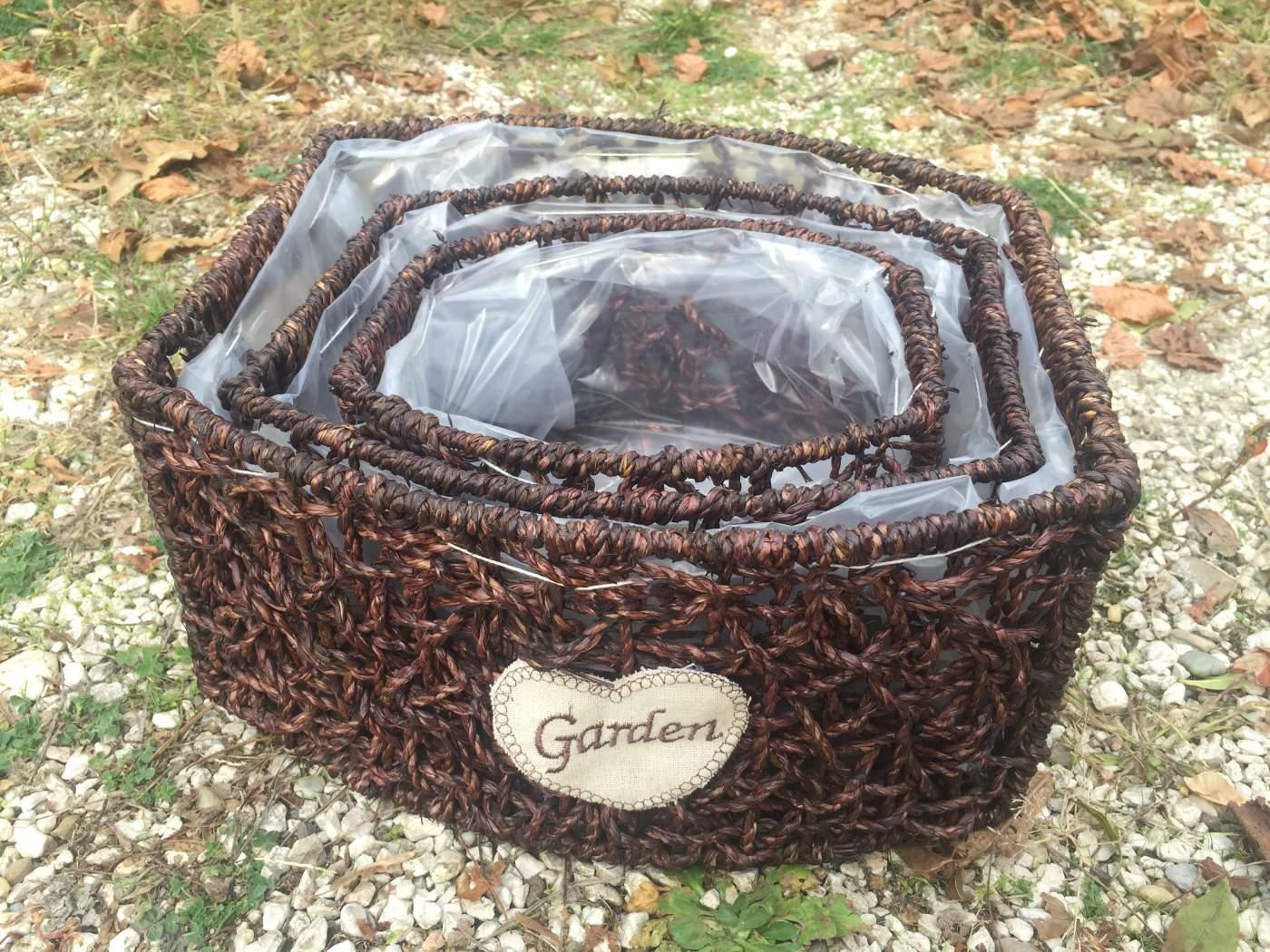 Fonott Tál Szett Garden Felirattal