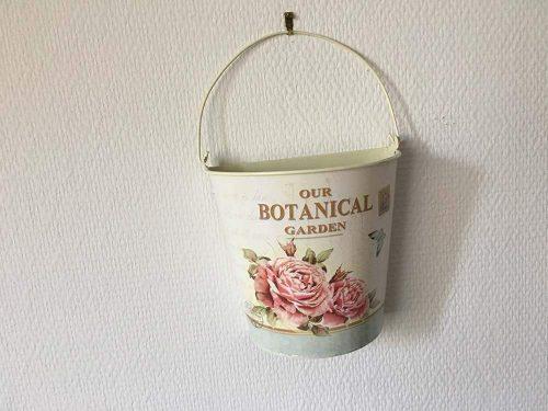 """Vintage bádog félkaspó """"Our botanical garden"""" felirattal"""